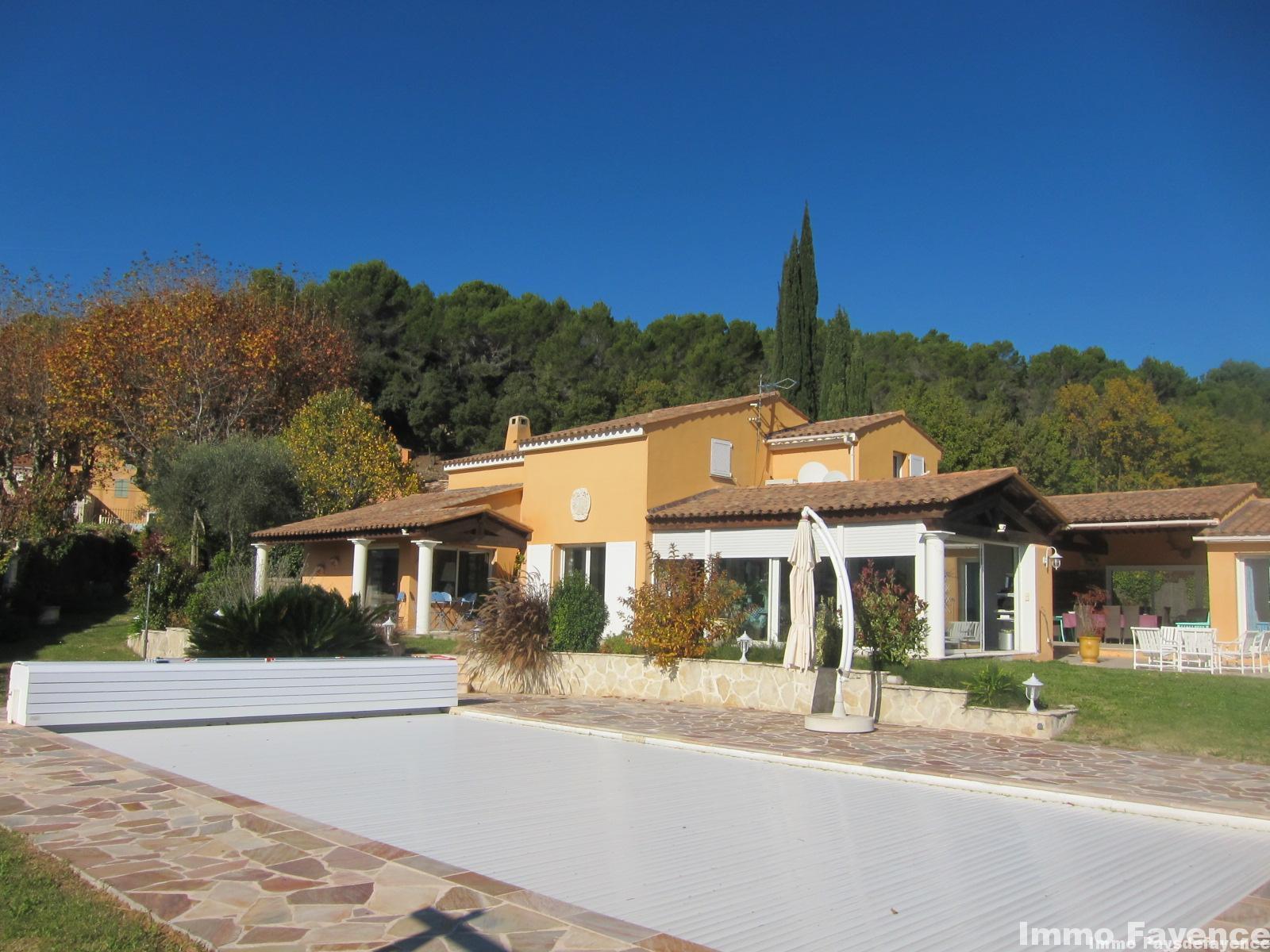 Pays de Fayence, villa contemporaine de luxe