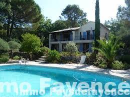 Fayence immobilier, villa avec piscine sur 1300 m².