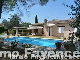 Pays de fayence, villa avec piscine